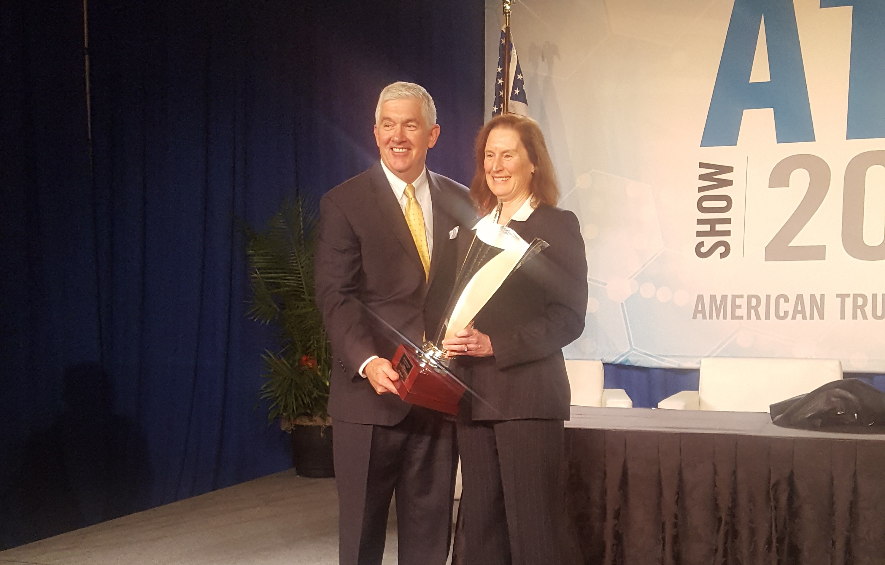 Peach State Truck Centers President Named Truck Dealer of the Year
