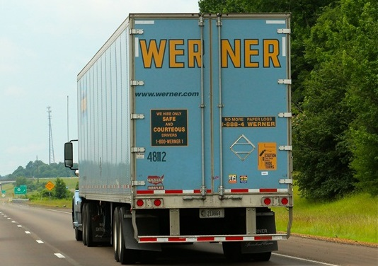 Werner Increases Pay for Company Solo-Van Drivers