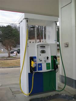 A B20 biodiesel and E85 pump in Alabama along I-65.