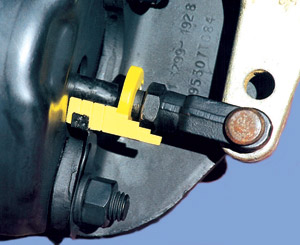 The BrakeSentry kit was designed to provide drivers and technicians with a quick and effective means to visually inspect and identify any brake out-of-adjustment conditions for prompt correction.