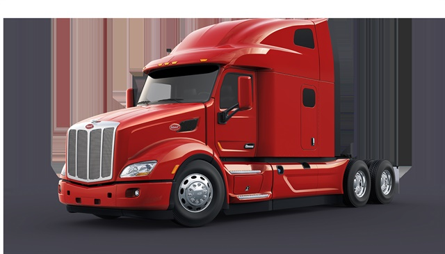 Peterbilt Unveils Model 579 Ultraloft Integrated Sleeper Truck