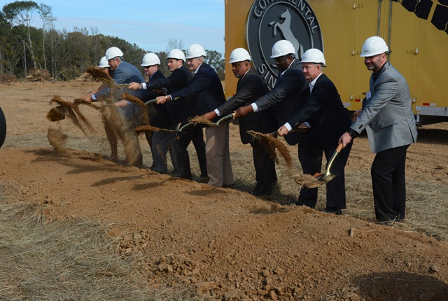 County, state and federal officials in Clinton, including Nikolai Setzer and Gov. Phil Bryant (4th and 5th from the left, respectively) break ground on Continental's new tire plant. Photo: Jim Park