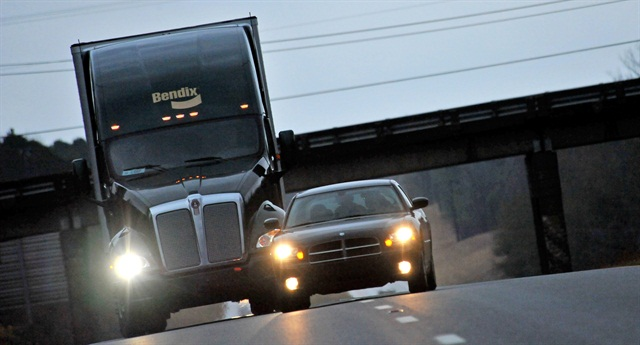 Bendix expects a mandate for collision avoidance systems.