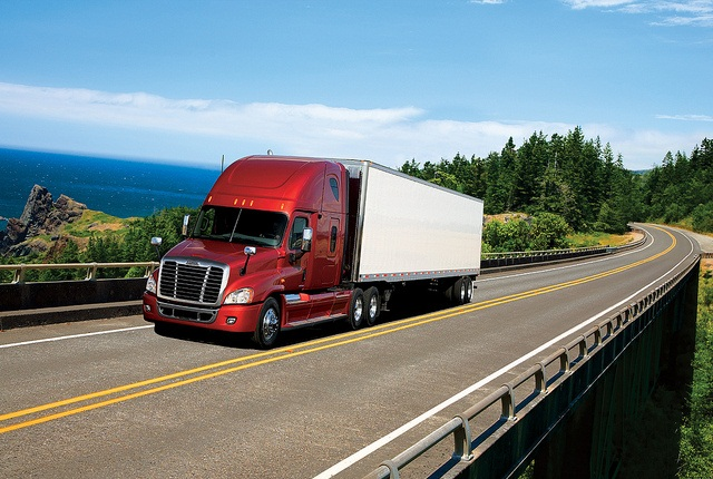 Freightliner Cascadia: Photo via Freightliner.