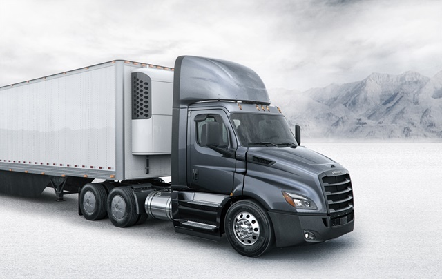 Freightliner Puts New Cascadia Into Production Equipment