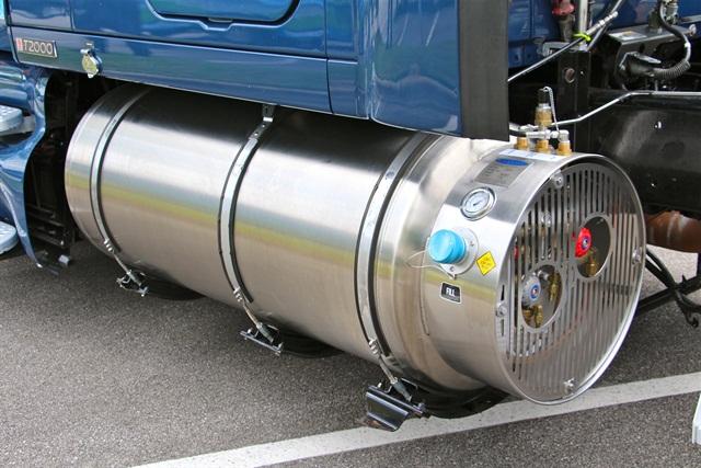 An LNG retrofit tank on a heavy truck. Photo: Evan Lockridge