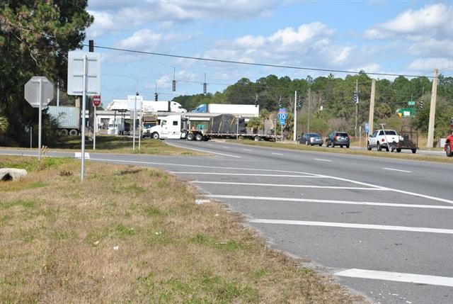 Trucks converge on the Interstate 10 – US 301 interchange near Baldwin, a congested interchange for truck traffic moving through northeast Florida. Photo: Florida DOT