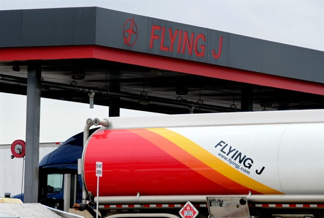 Pilot Flying J will pay back money owed to trucking customers for fuel rebates, plus 6% interest.