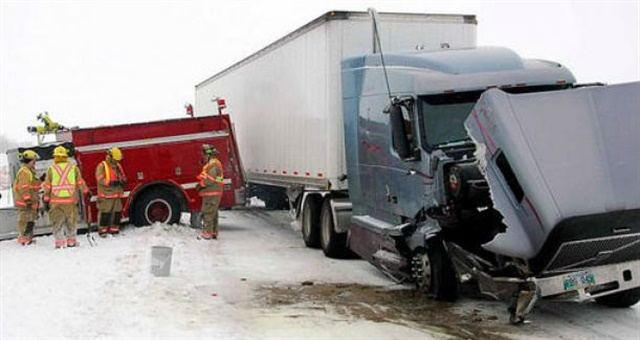 The Federal Motor Carrier Safety Administration has clarified how carriers may go about requesting a data review of certain non-preventable crashes. Photo: FMCSA