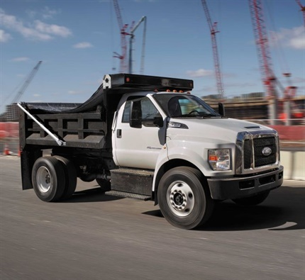 Photo of 2018 F-750 courtesy of Ford.