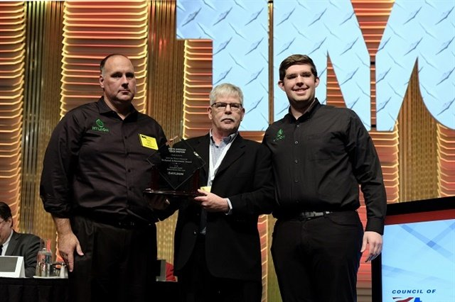 From left to right: Chris Langley, VP of Fleet Relations, Hyliion; Jim Park, award committee chair; and Thomas Healy, founder and CEO, Hyliion. Photo courtesy: Jim Winsor Award committee