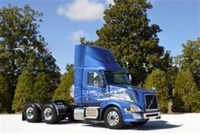 Volvo's daycab with D13-LNG engine.