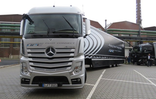 Mercedes-Benz Actros tractor used to demonstrate Daimler's Highway Pilot Connect autonomous technology on German roads.Photo: David Cullen