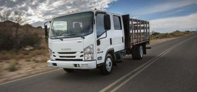 Image of Isuzu NRR Crew Cab Steak Bed truck courtesy of Isuzu Commercial Truck of America, Inc.