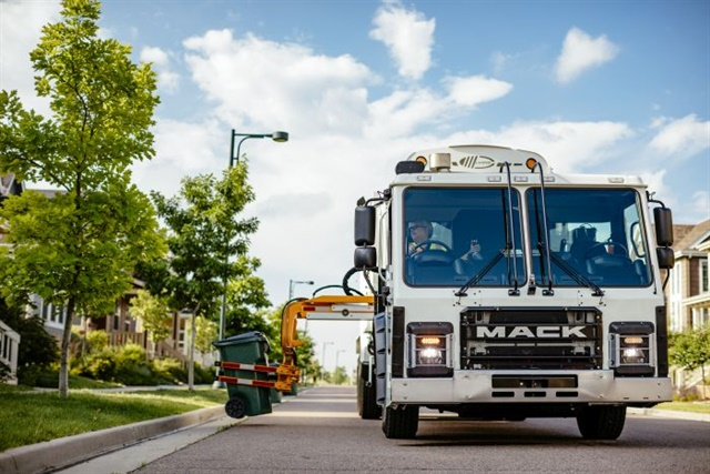 ACT Research analysts indicate that refuse is the lead market segment in converting heavy-duty vehicles to natural gas. Photo: Mack Trucks