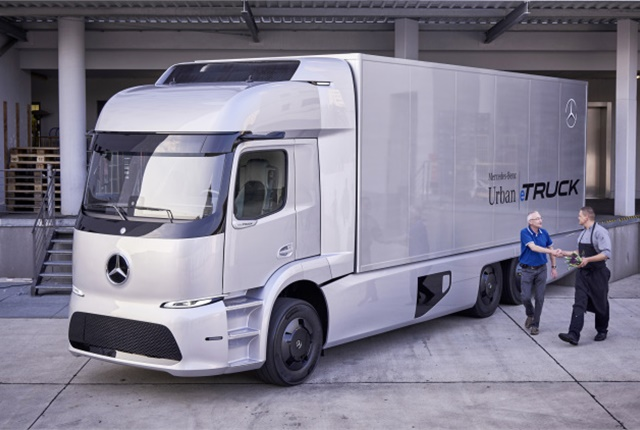 Speakers told a House subcommittee on emerging transporation technology that autonomous trucks may one day drive long distances, with human drivers taking over for regional and last mile deliveries. Photo: Mercedes-Benz
