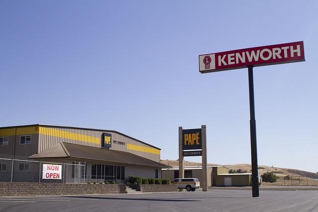 Papé Kenworth-Roseburg in Roseburg, Ore.