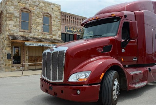 According to J.D. Powers' latest Used Commercial Vehicle Report, the Peterbilt Model 579 is the market leader, due to a larger-than-normal number of 2015 models entering the market. Photo: Jim Park