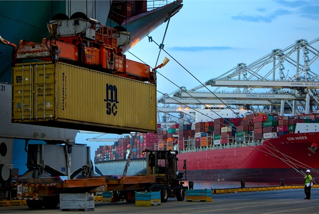 Post-Panamax cranes unload intermodal containers at the Port of Savannah's Garden City Terminal. Photo: Georgia Port Authority