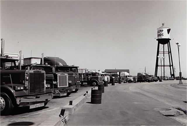 Sapp Bros. first location in Omaha in 1971. Photo: Sapp Bros.