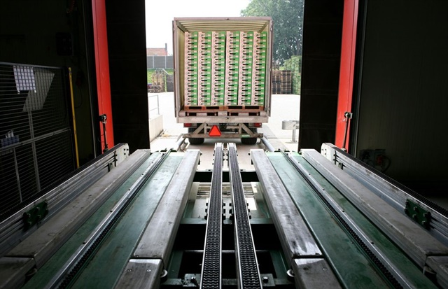 Acquisition To Bring Automatic Truck Loading Tech To U S