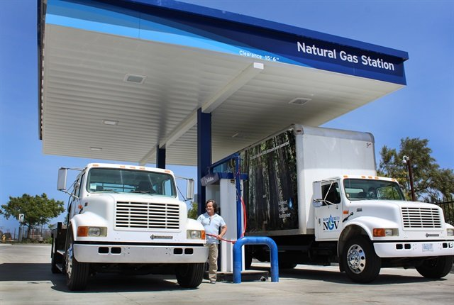 Photo of the Murrieta CNG station courtesy of SoCalGas