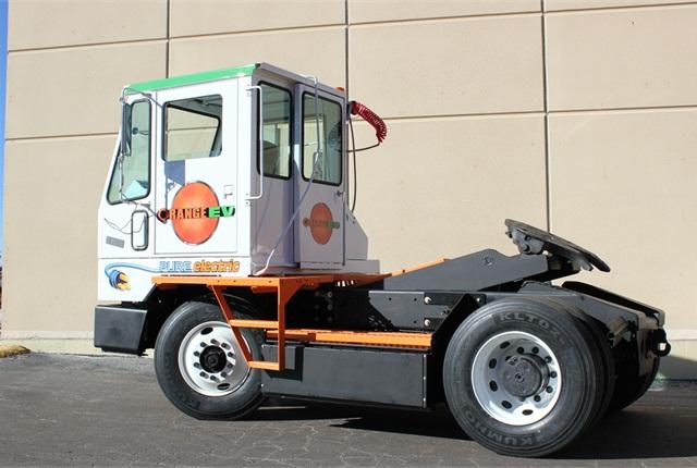 The Orange EV T-Series electric terminal tractor. Photo via Orange EV
