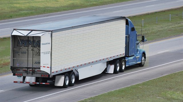 Many fuel economy experts say trailers need to be part of the equation. Photo: TrailerTails