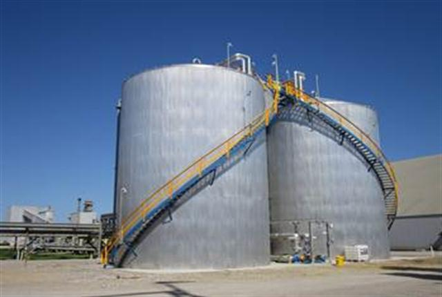 Air1 DEF storage tanks at Yara's Belle Plaine plant in Canada, where the company has begun domestic production and distribution.