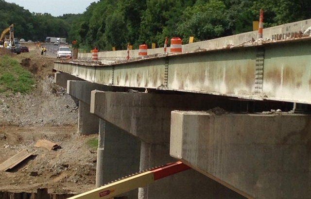 The Wildcat Creek bridge on I-65 is closed while INDOT crews examine it. Some of its supporting piers sunk about 8 inches into the creek bed below.  Photo: Indiana Department of Transportation
