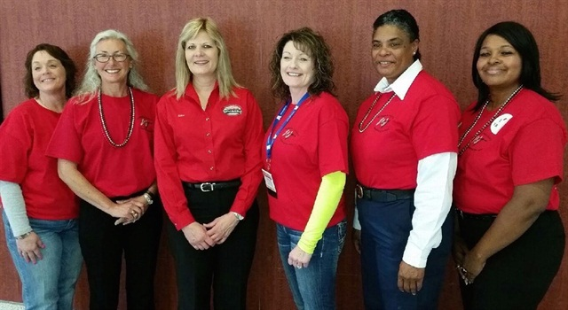 The 2015 Image Team Left to right:  Ingrid Brown, Stephanie Klang, Ellen Voie (WIT President/CEO), Carol Nixon, Allyson Hay, Wyzeena Heeny. Photo via Women In Trucking