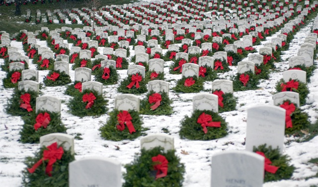 Photo via Wreaths Across America