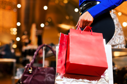 Economic Watch: Retail Sales Drop in December, Increase Overall for Year