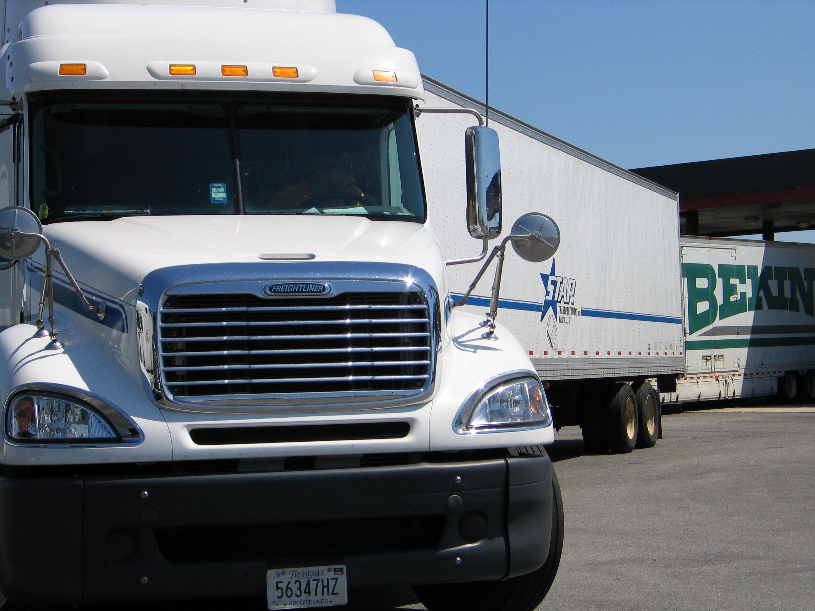 Spot Market Freight Rates Decline Over the Past Week