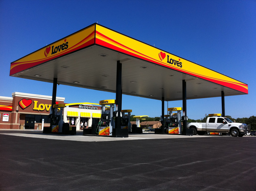 Love's Travel Stop Re-opens in Clayton, N.M.