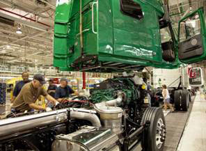 Volvo Trucks First U.S. Manufacturer to Achieve Dual Energy Certifications