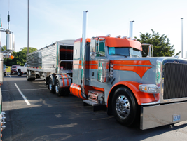Photos: 34th Annual Shell Rotella SuperRigs