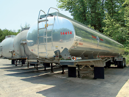 This 9,500-gallon DOT406 Beall trailer is one of the newest units in Carbon Express'...