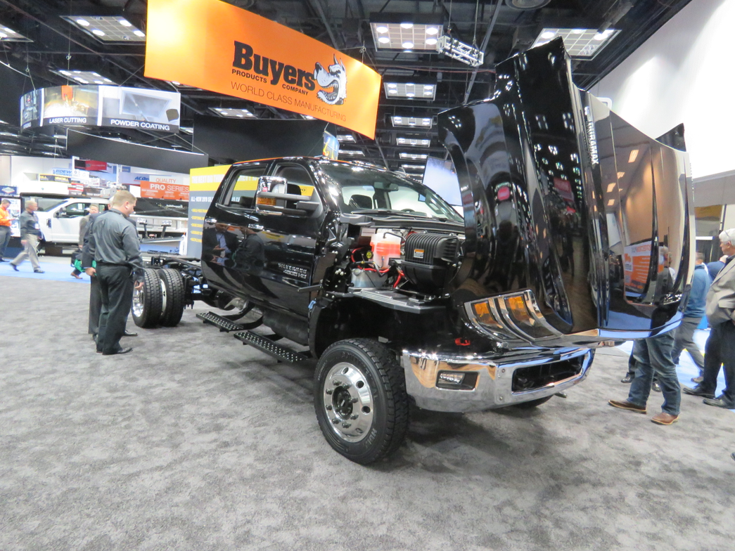 Chevy's new4500HD (pictured), 5500HD, and 6500HD chassis cabs coverGVWs from 15,000 pounds in...