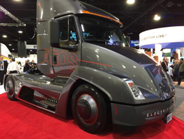 Cummins showed its electric concept truck.Photo: Deborah Lockridge