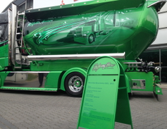 This Mercedes Actros 2551L is fitted with a liquid bulk tank, and owned by Kulytus Auvinan Oy of...