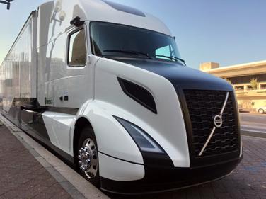 Volvo Trucks North America's SuperTruck in Washington, D.C., on Sept. 13, 2016. Photo by Jim Park