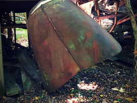 Vintage parts are everywhere. And they are not for sale. Photo: Christina Hamner