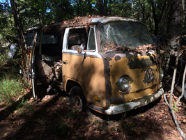 Another VW camper -- this one from the 1970s. Photo: Jack Roberts