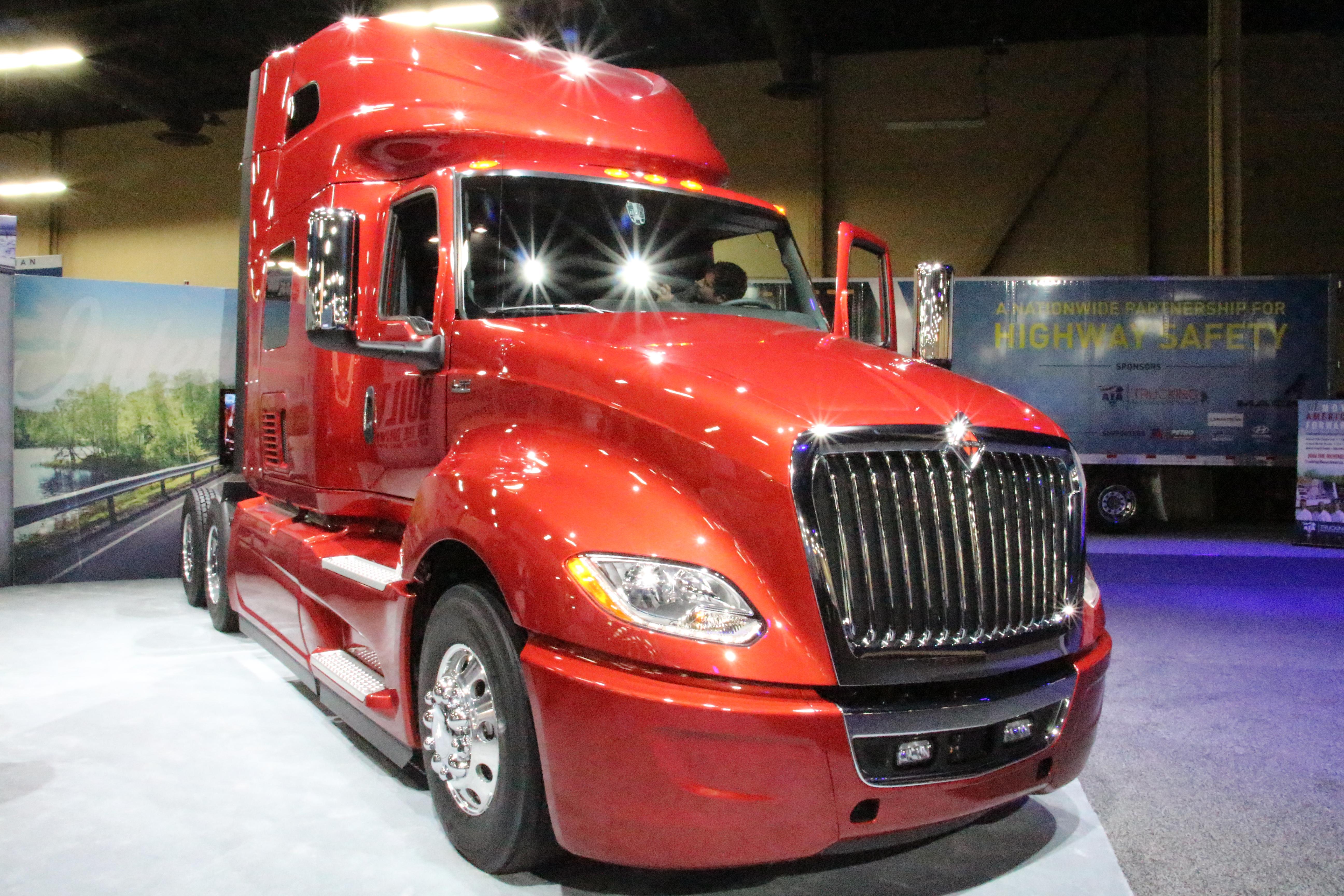 Navistar's New Flagship LT Series Truck [Photos]