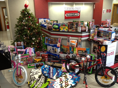 For the 13th year in a row, River States Truck and Trailer was a major supporter of Toys for Tots.