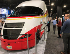 Shell's Starship concept truck draws crowds on the show floor.Photo: Jack Roberts