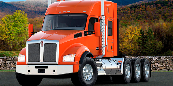Kenworth T880 Adds 52-Inch Mid-Roof Sleeper Option