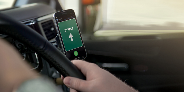 Drivewyze Offer Nationwide Weigh Station Alerts with New Version of PreClear