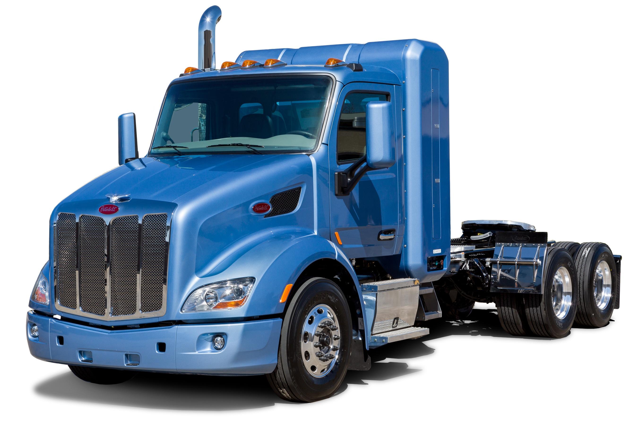Peterbilt Adds Natural Gas Option to Models 579, 567